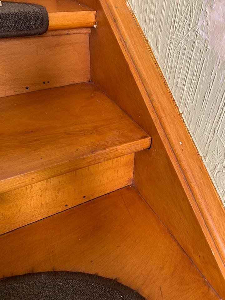 wyen-holz-treppe-nachher